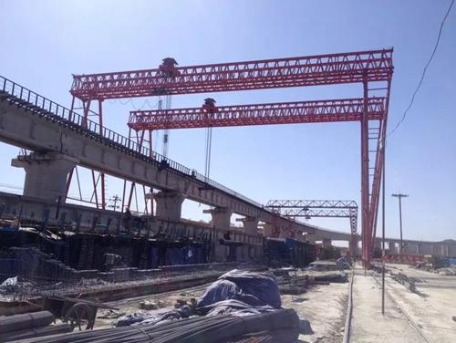 福建福州铁路架桥机